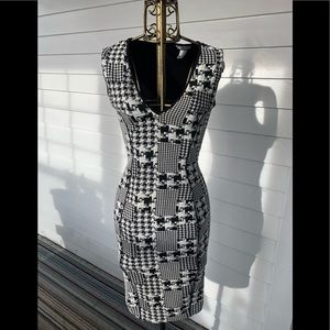 H&M Houndstooth Pencil Dress - Size XS